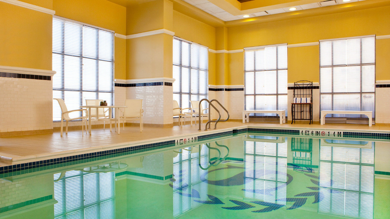 BWI Airport Hotel - Indoor Pool